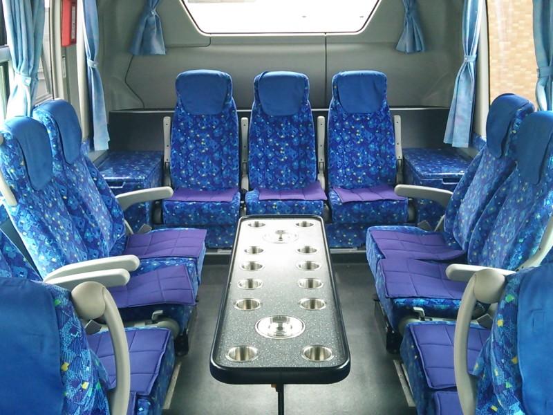 中型バス・冷蔵庫
